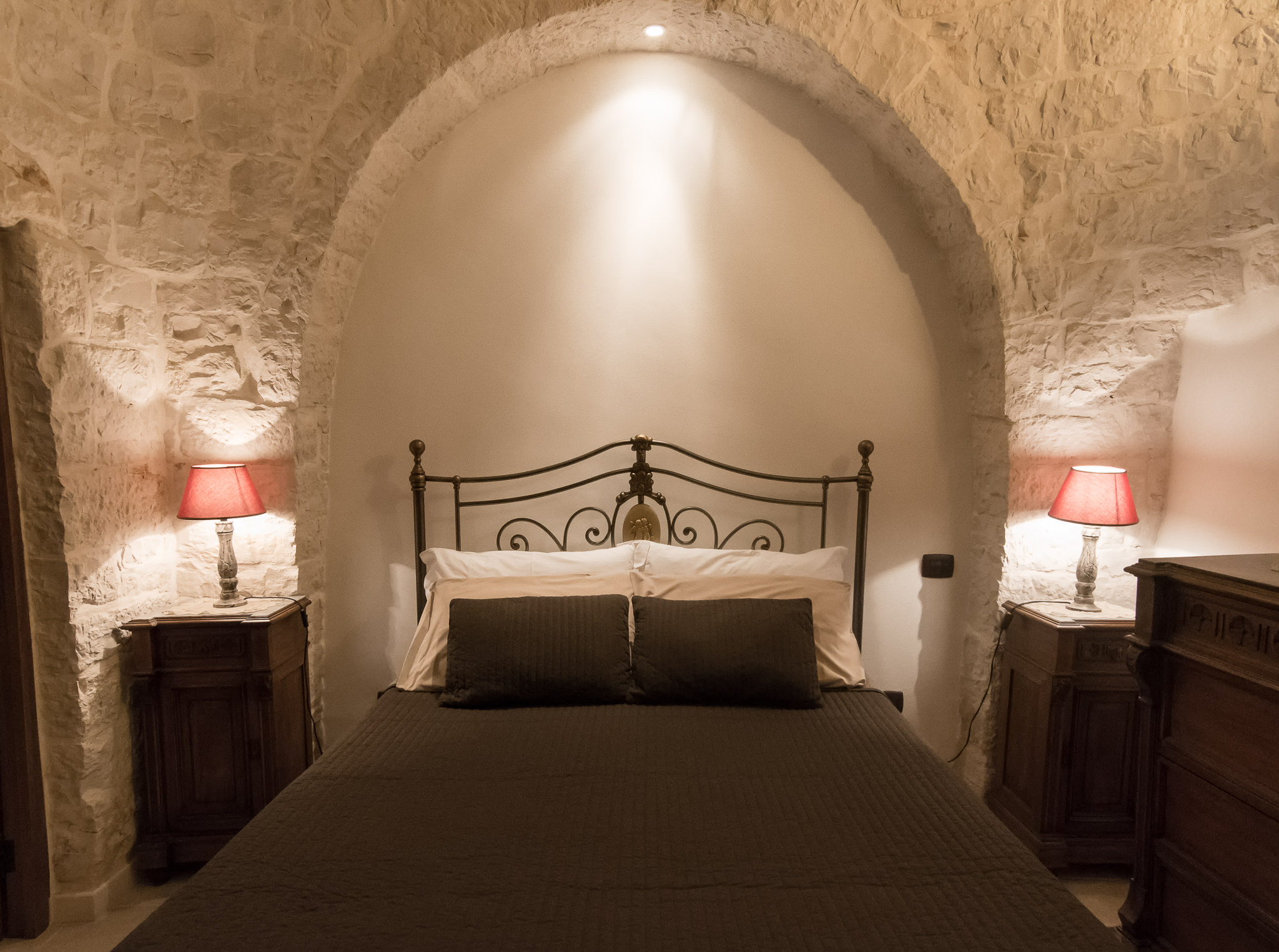 Trullo Mandorlo - Main bedroom