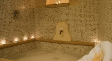 Trullo Mandorlo - bathroom details